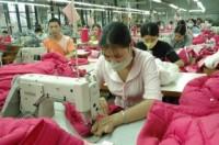 Cải thiện điều kiện làm việc cho lao động nữ trong ngành dệt may, da giày