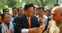 Thủ tướng Nguyễn Tấn Dũng thăm Trung tâm Phật giáo Ấn Độ