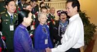 Thủ tướng: Mong đồng bào hiến kế xây dựng chính sách thoát nghèo