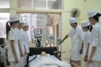 Điều dưỡng Việt Nam đi lao động ở nước ngoài: Cơ hội lớn nhưng không dễ