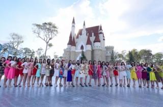 Hai thí sinh bỏ thi Hoa hậu Việt Nam