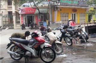 Rửa xe ảnh hưởng môi trường
