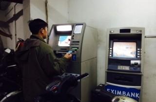 Xử phạt khi ATM hết tiền: Cần có văn bản  hướng dẫn cụ thể