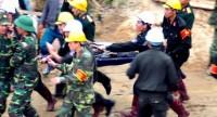 80 giờ 'khuất phục' hầm sập, giải cứu 12 công nhân