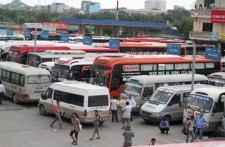 Giá xăng giảm, doanh nghiệp vận tải vẫn kêu khó