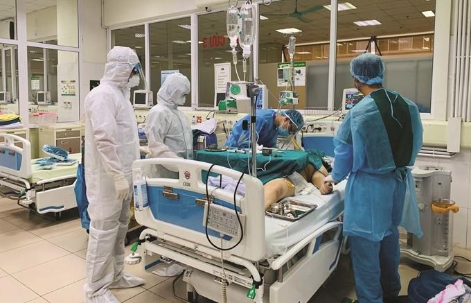 Bảo vệ sức khỏe cho đôi ngũ y bác sĩ, then chốt của then chốt trong phòng, chống dịch
