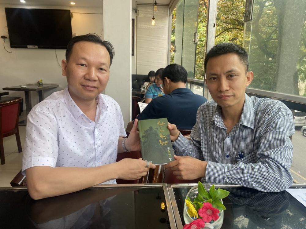 """Chất """"thiền"""" trong thơ Nguyễn Văn Long"""