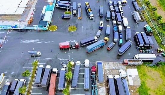 Rà soát bãi bỏ quy định gây cản trở lưu thông hàng hóa