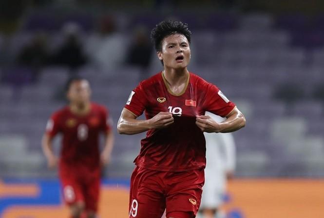 """So thành tích và đợi chờ sự tỏa sáng """"Messi Việt - Thái"""""""