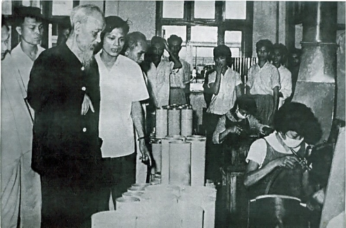 Công đoàn Thủ đô khắc ghi lời dạy của Bác Hồ