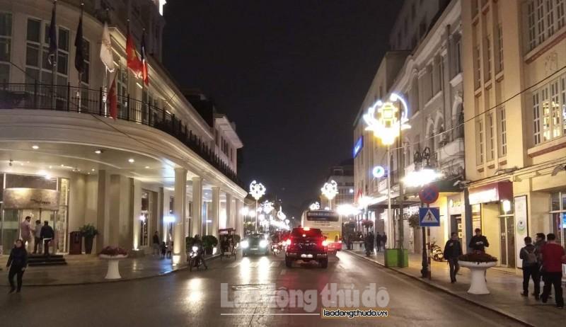 Đường phố Hà Nội lung linh chào mừng Hội nghị thượng đỉnh Hoa Kỳ - Triều Tiên