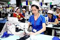 Dương Thị Lý;  Công nhân nhiều năm đạt lao động giỏi