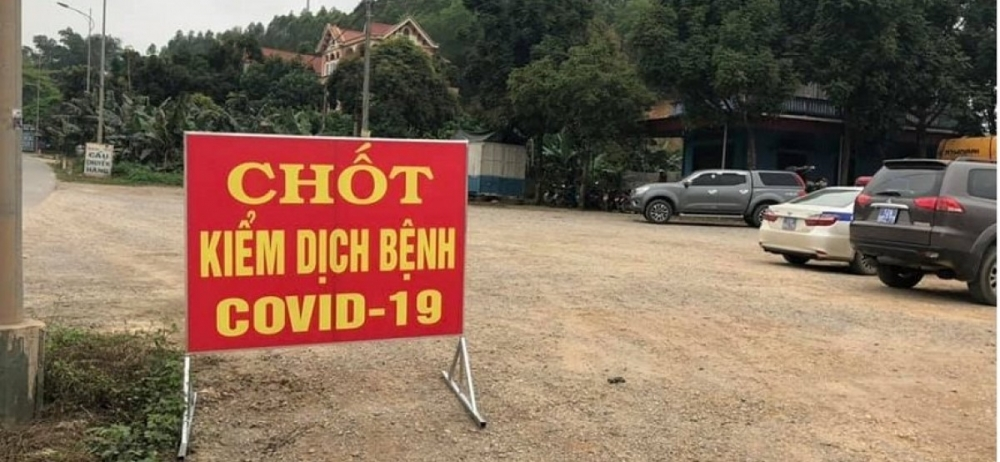 Lập chốt kiểm dịch y tế hoạt động 24/24h tại cao tốc Nội Bài - Lào Cai