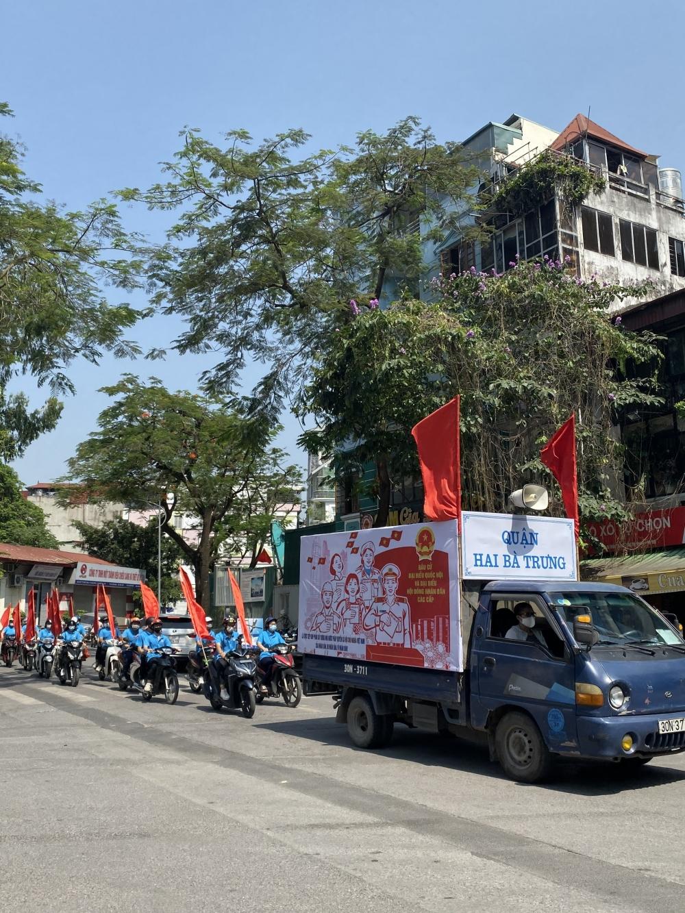Liên đoàn Lao động quận Hai Bà Trưng tổ chức đoàn xe tuyên truyền Ngày bầu cử - 23/5