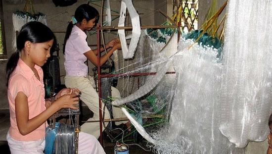 Xử lý nghiêm các vi phạm pháp luật về sử dụng lao động trẻ em