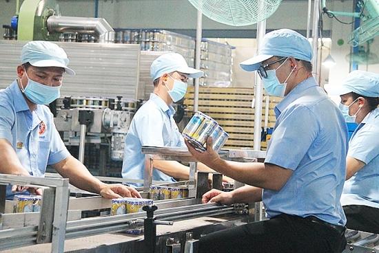 Người lao động và người sử dụng lao động gặp khó khăn do dịch Covid-19 sẽ được hỗ trợ