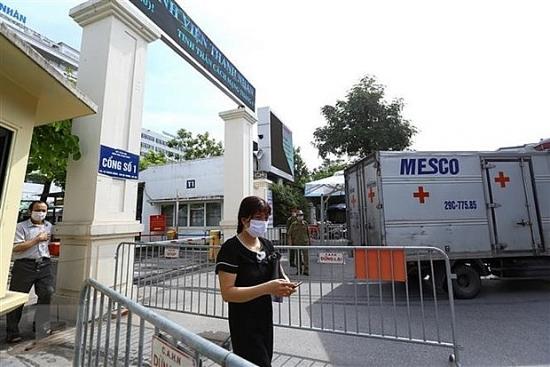 Thủ tướng khen 8 tập thể, cá nhân thuộc thành phố Hà Nội có thành tích trong phòng, chống dịch Covid-19