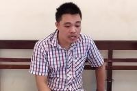 Hà Nội: Nam thanh niên vờ mua hàng rồi dùng dao uy hiếp nữ nhân viên để cướp tài sản