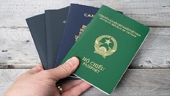 Cấp hộ chiếu gắn chíp điện tử cho công dân từ 14 tuổi trở lên