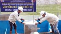 Chuyên gia Nhật Bản sắp tắm trên sông Tô Lịch