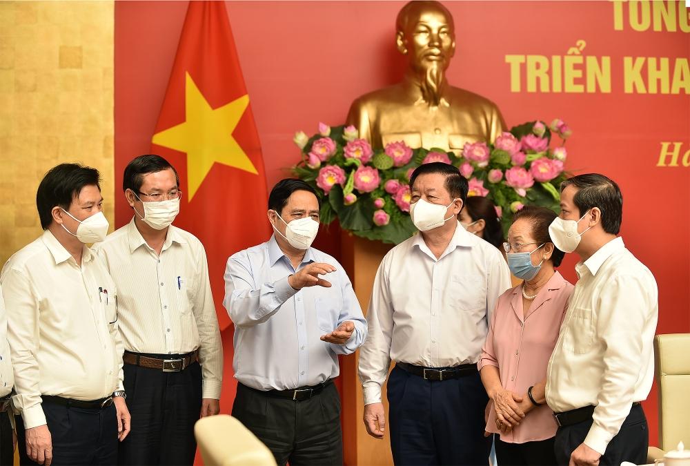 Thủ tướng Phạm Minh Chính: Chính phủ sẽ có giải pháp đảm bảo an toàn trường học gắn với tiêm vắc xin