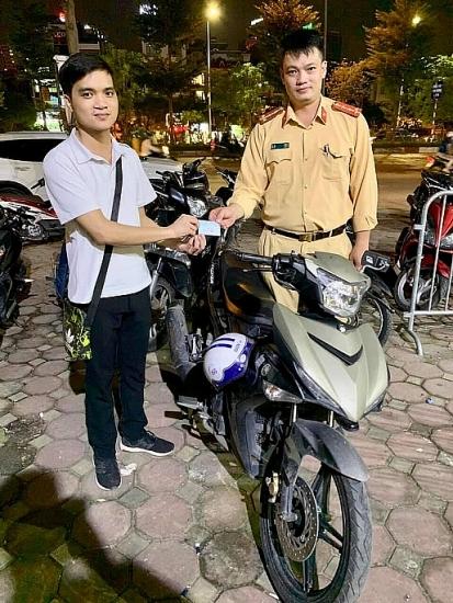 Nhận lại xe máy sau 2 năm bị mất trộm