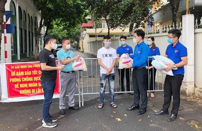 Những người trẻ ghi dấu ấn trong công cuộc chống dịch ở Thủ đô
