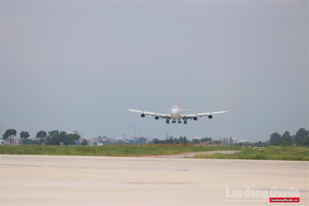Hà Nội: Các sở, ngành phải rà soát, đảm bảo an toàn khi mở lại đường bay nội địa