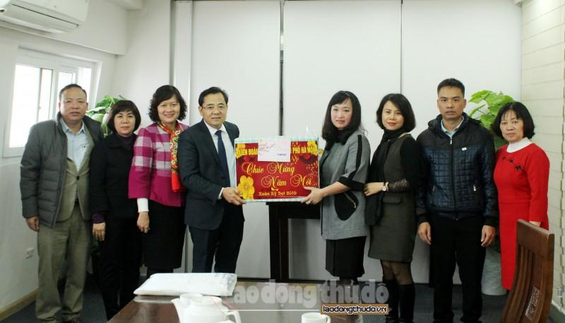 LĐLĐ Thành phố thăm, chúc Tết Công ty Cổ phần sự kiện và ẩm thực Hapro