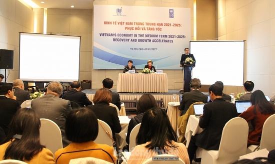 Dự báo các kịch bản tăng trưởng kinh tế trong trung hạn 2021- 2025 của Việt Nam