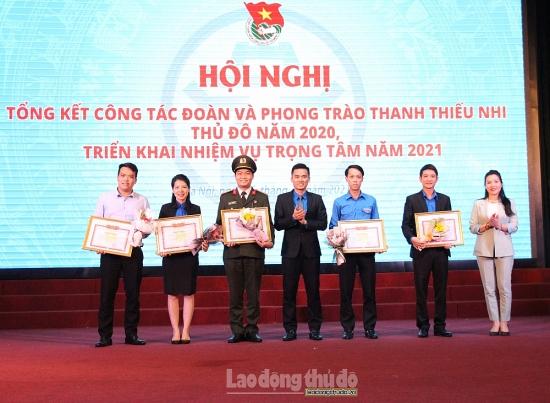 Trao giải thiết kế mô hình tìm hiểu lịch sử 90 năm Đảng bộ thành phố Hà Nội