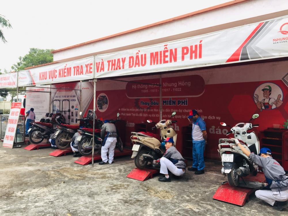 Huyện Mê Linh: Nâng cao hiểu biết an toàn giao thông cho công nhân lao động