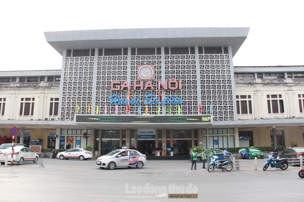 Ga Hà Nội vắng khách trước thềm Tết Nguyên đán vì dịch Covid-19