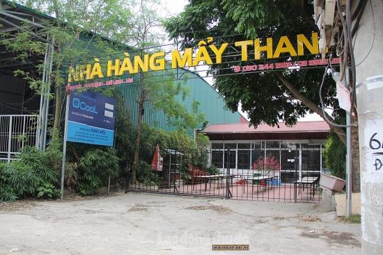 """Hàng loạt quán ăn, cà phê, trà đá tại huyện Mê Linh """"cửa đóng, then cài"""" chống dịch"""