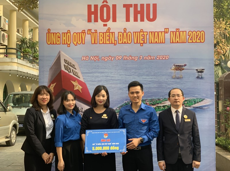 Thành đoàn Hà Nội phát động ủng hộ