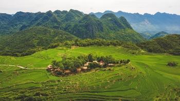 """Những ngôi nhà gần gũi với thiên nhiên """"độc nhất vô nhị"""" ở Việt Nam"""