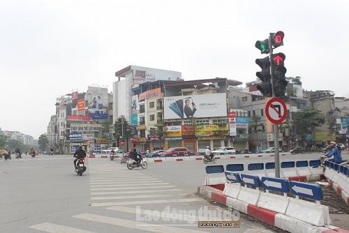 Đường phố Hà Nội trong ngày Chủ nhật tiếp tục thực hiện giãn cách xã hội