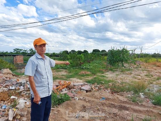 Người dân thôn Thường Lệ bức xúc vì bãi rác tồn tại nhiều năm gây ô nhiễm