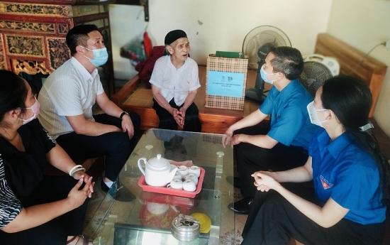 Huyện Mê Linh tổ chức hành trình tri ân nhân dịp kỷ niệm 74 năm Ngày Thương binh liệt sĩ
