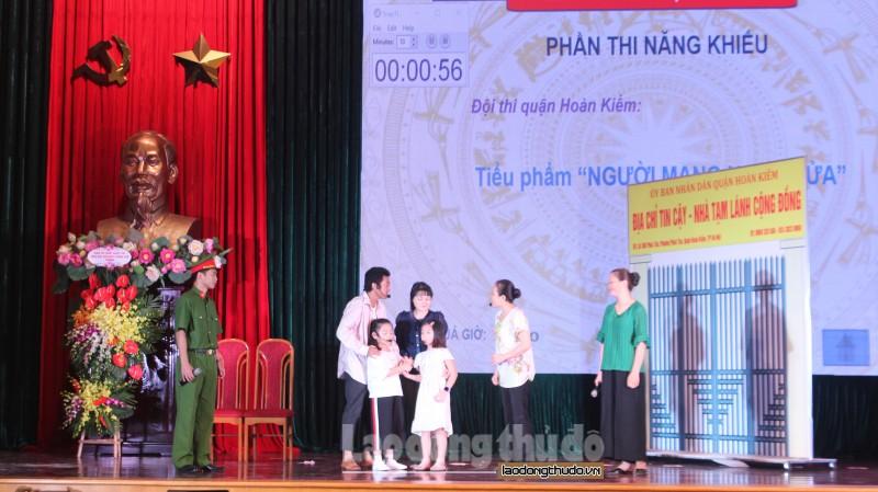Đội thi quận Hoàn Kiếm xuất sắc giành vé vào chung khảo cuộc thi 'Hòa giải viên giỏi'