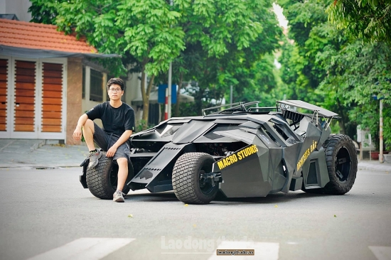Sinh viên ngành kiến trúc bỏ 500 triệu chế tạo Batmobile