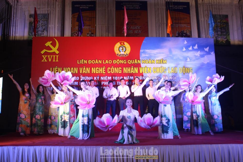 Sôi nổi Liên hoan văn nghệ công nhân viên chức lao động quận Hoàn Kiếm