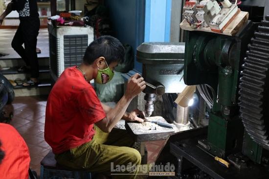 Làng nghề Đa Sỹ đổi mới phương thức sản xuất nâng cao thu nhập