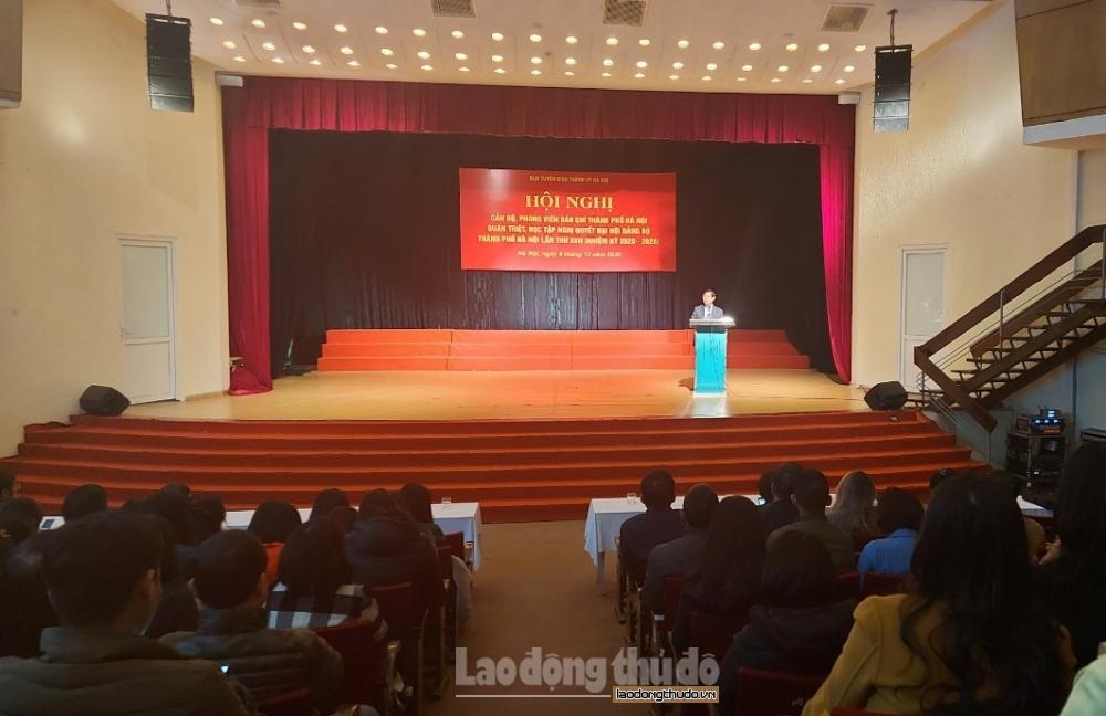 Cán bộ, phóng viên báo chí Hà Nội học tập Nghị quyết Đại hội Đảng bộ Thành phố lần thứ XVII