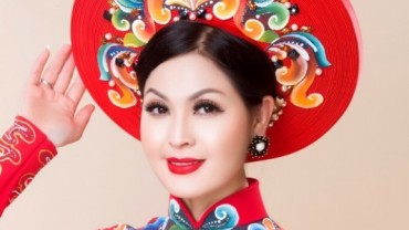 Diễn viên Yến Vy khoe vóc dáng chuẩn khi diện áo dài Minh Châu