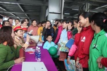 Hơn 600 công nhân tham gia 'Ngày hội tư vấn cùng công nhân lao động' tại Thanh Hóa