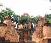 Về Nha Trang thăm tháp bà Ponagar