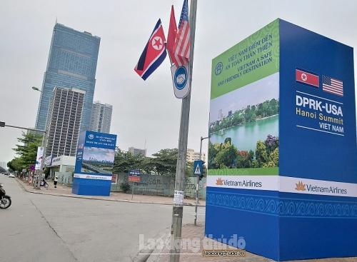 Quảng bá hình ảnh Thủ đô qua những pano chào mừng Hội nghị thượng đỉnh Hoa Kỳ - Triều Tiên