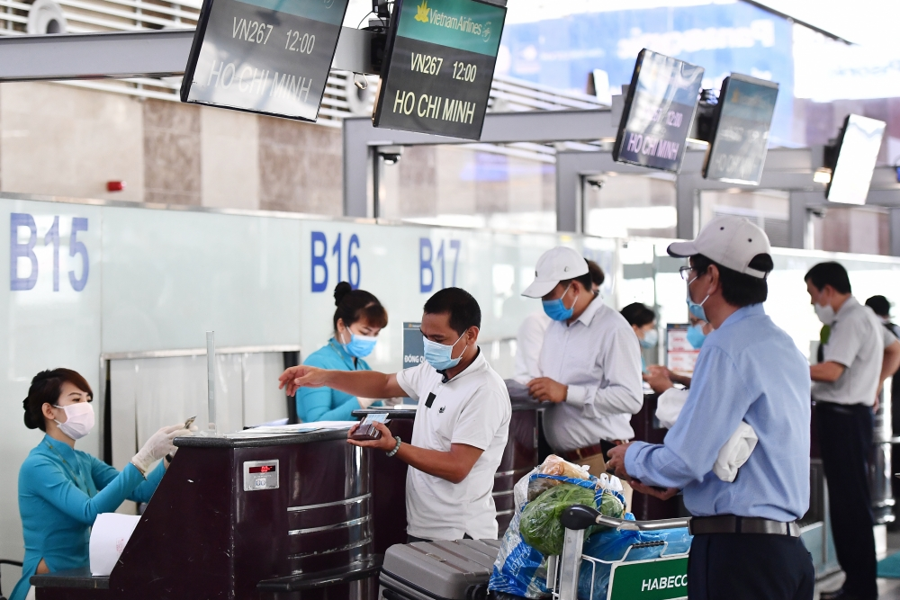 Bảo vệ tuyệt đối an toàn sức khỏe cho hành khách và người lao động bay từ Hà Nội