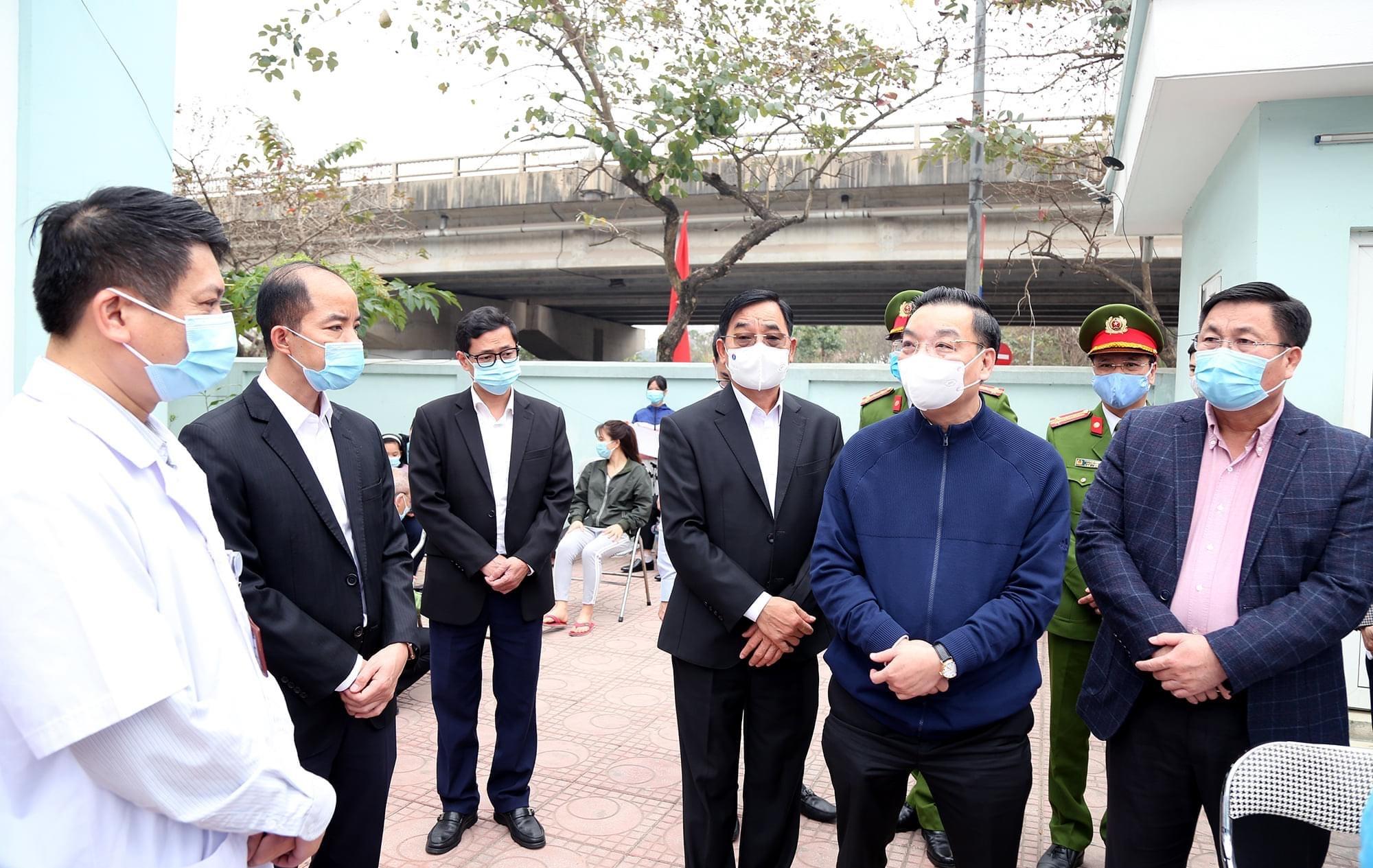 Chủ tịch Ủy ban nhân dân thành phố Hà Nội kiểm tra đột xuất công tác phòng, chống dịch Covid-19